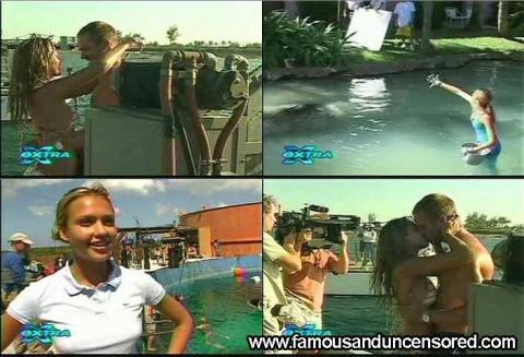 Jessica Alba Nude Sexy Scene Extra Interview Swimsuit Shirt