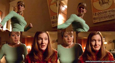 Erica Durance Nude Sexy Scene Smallville Stairs Shirt Babe