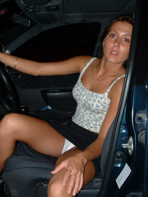 Lahoma Bosnian Age 22 To 29 Average Caucasian Hardcore Doll