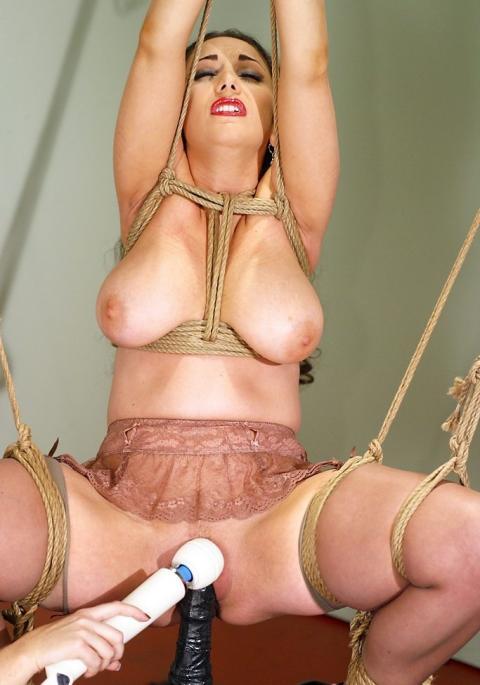 British glamour model adele stephens cooling off 8