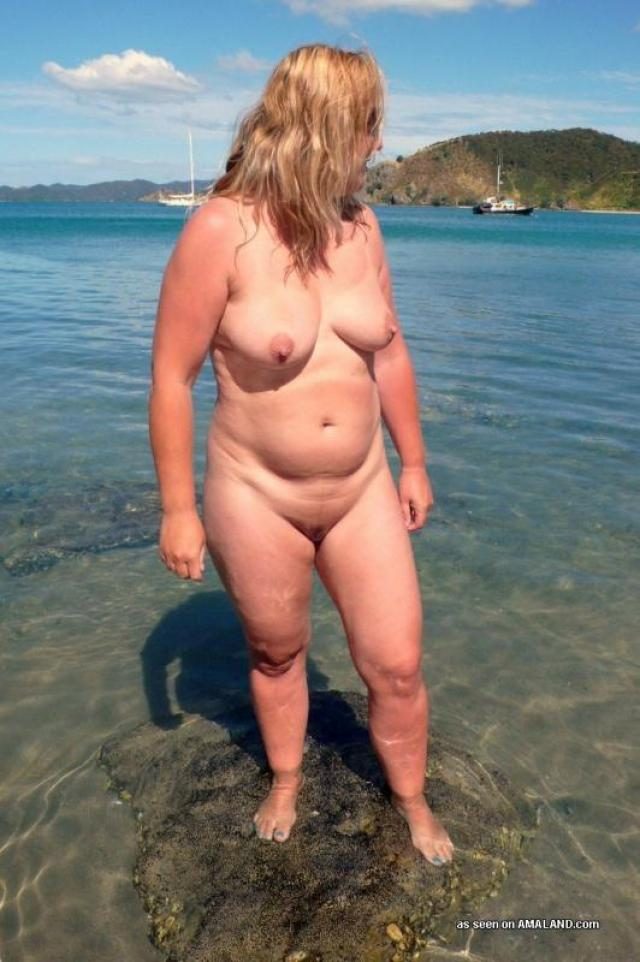 fat-people-on-a-beach-naked