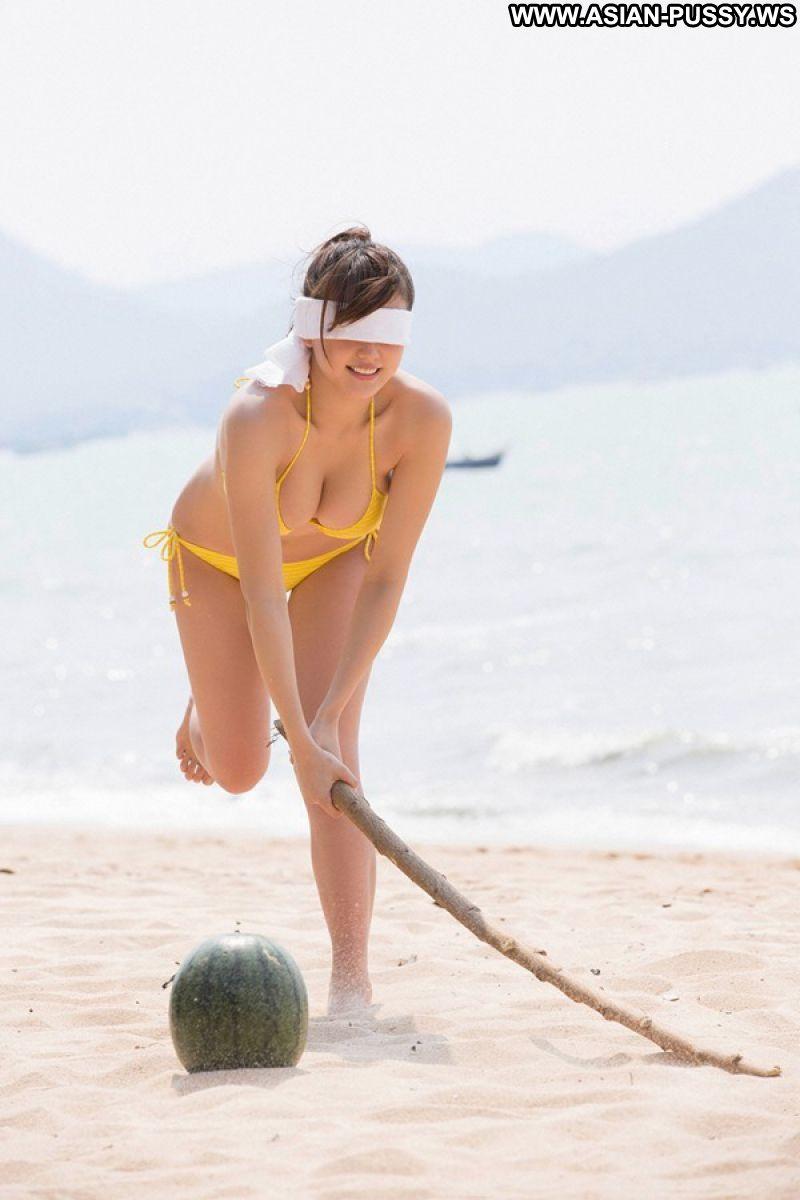 Hua Asian Sexy Model Hot Georgeous Big Tits Bikini