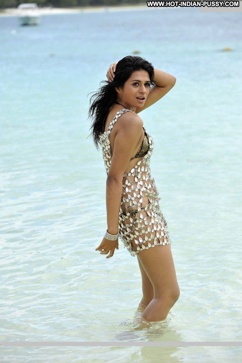 Abhilaasha Indian Sexy Amateur Bikini Babe Hot Beach