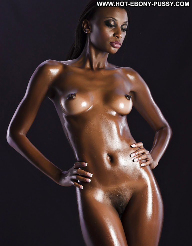 Lil black nude model
