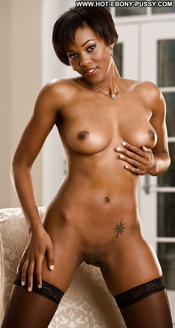 Beautiful nude ebony shaved pussys