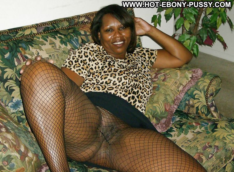 Mature ebony in hot dp with white men 7
