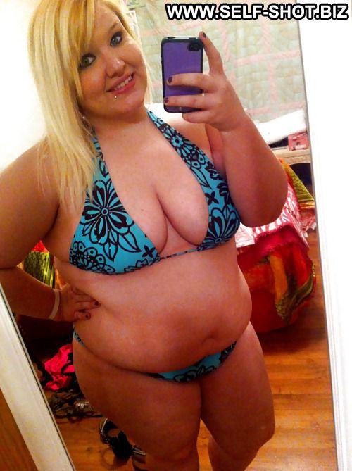 Amateur fat girls bikinis something is