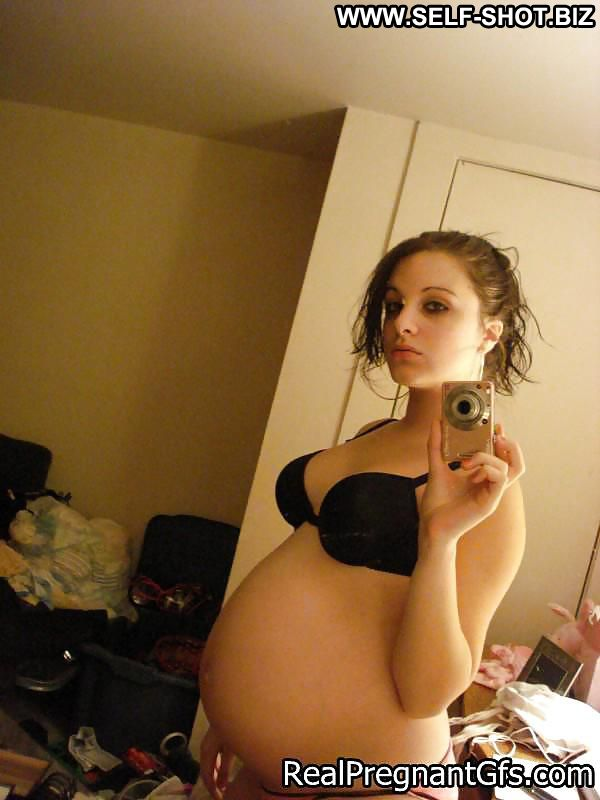 Dakota Self Shot Sexy Amateur Pregnant Girlfriend Selfie Posing Hot Georgeous Teen