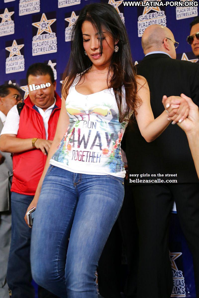 Myra Latina Sexy Amateur Big Tits Girlfriend Beautiful Doll Jeans