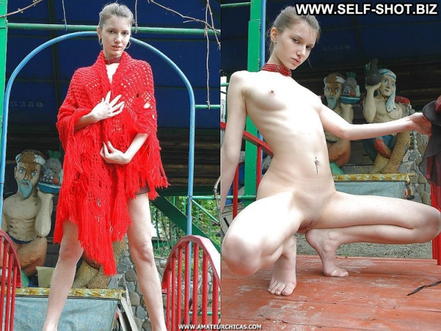 Several Models Amateur Dressed And Undressed Softcore Nude Blonde