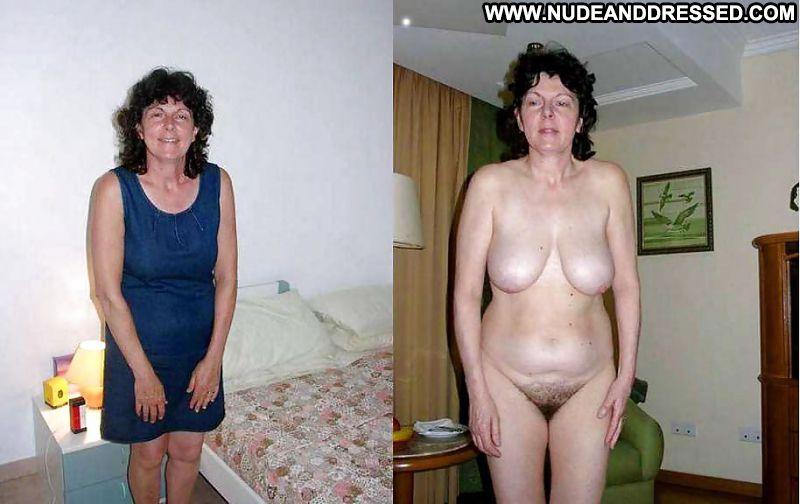 nude beautiful blonde gap